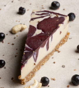 Wh Choco Blueberry Cardamom Raw Cake